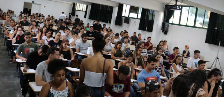 200 candidatos no vestibular agendado da Univás